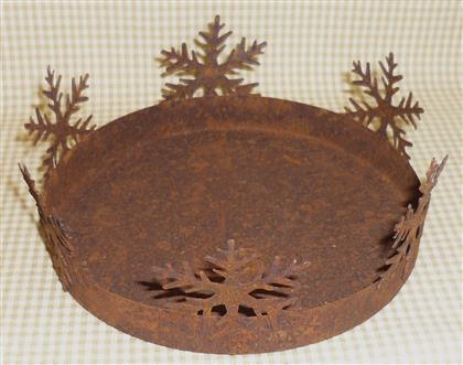13cm Rusty Tin Prim Candle Pan with Snowflakes