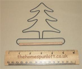 "4"" Tree Wire Quilt Hanger With Wooden Dowel"