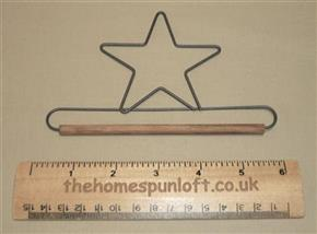 "5"" Star Wire Quilt Hanger With Wooden Dowel"