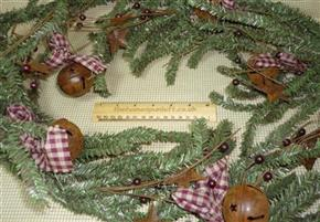 5ft Prim Garland Homespun Rusty Bells and Stars