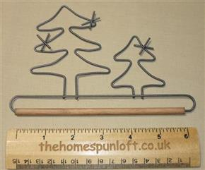"6"" Double Tree Wire Quilt Hanger with Wooden Dowel"
