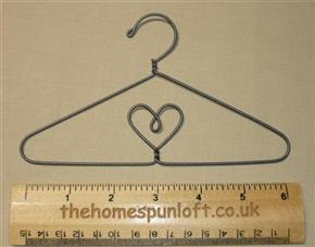 "6"" Heart Wire Quilt Hanger with Hook"