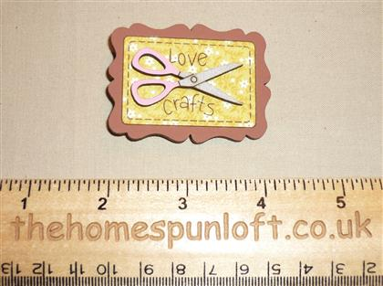 Love Crafts Quilter's Wooden Brooch