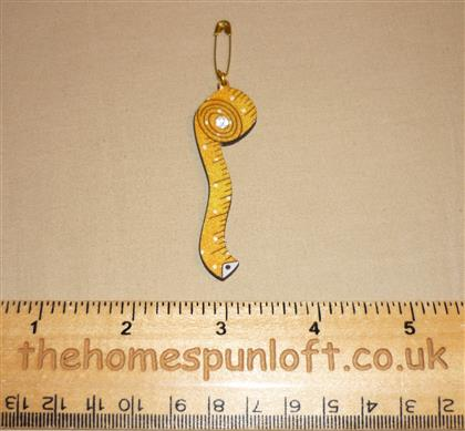 Quilter's Sewing Measuring Tape Wooden Brooch